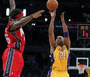 Kobe Gets Shooter's Role on Key 3-Pointer