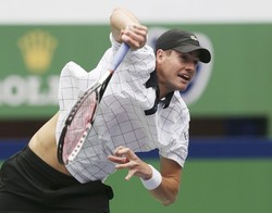 170042 1  Tennis players have to decide whether interrupting their summer hard court ...
