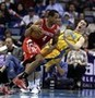 Harden, Rockets Top Hornets 100-82