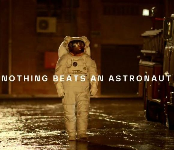 nothing beats an astronaut commercial - photo #14