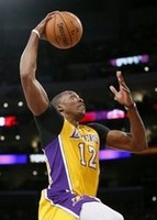 Dwight Leads Lakers in Kobe's 