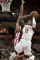 Texas' Kabongo Hits Crazy Buzzer-Be