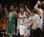 Carmelo Lifts New York in Game 1