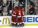 Red Wings Top Blackhawks in Game 3