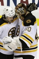 Bruins Crush Penguins in Game 2