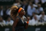 Serena Dominant in French Open Semi