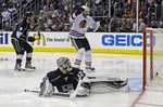 Blackhawks Drop Kings in LA for 3-1
