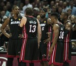 Wade Leads Heat to Game 4 Win