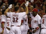 Bruce's Walk-Off for Reds in 10th
