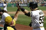 Russell Martin Stars in Pirates' Wi