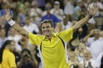 Robredo Sends Federer Out of Open