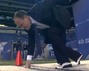 Rich Eisen Runs the 40 Yard Dash