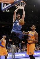 Love Lifts Timberwolves Over Knicks