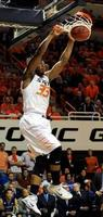 Smart's 39 Lifts Oklahoma State