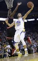 Warriors Sail Past Bulls 102-87