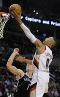 Blazers Steamroll Nets by 44