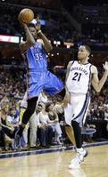Durant's 36 Lifts Thunder to Game 7