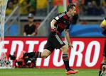 Klose's Scores World Cup Record 16t