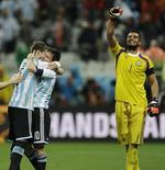 Argentina to Final on Penalties
