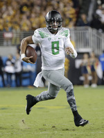 Mariota Puts on Show Against Cal