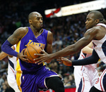 Kobe Scores 32,000th Point in Laker