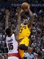 Cavs Top East-Leading Raptors