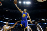 Curry's 34 Keeps Warriors' Streak A
