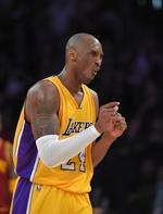 Kobe Dishes Career-High 17 Assists