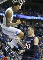 Kentucky Reaches 33-0, SEC Title Ga