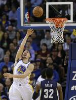 Klay Thompson Drops 26 in 2nd Quart