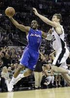 Clippers Even Up Series With Spurs