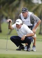 Mickelson's Caddie Explains How to